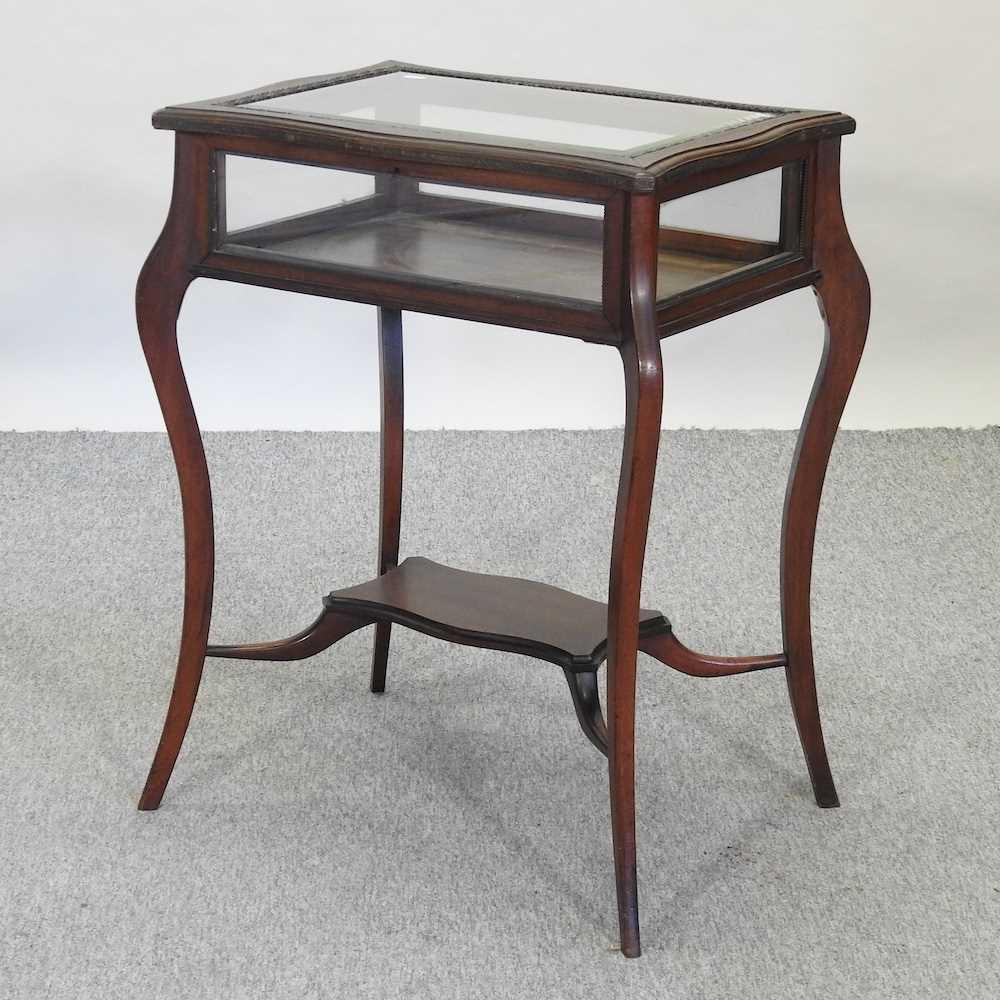 A 19th century mahogany bijouterie table