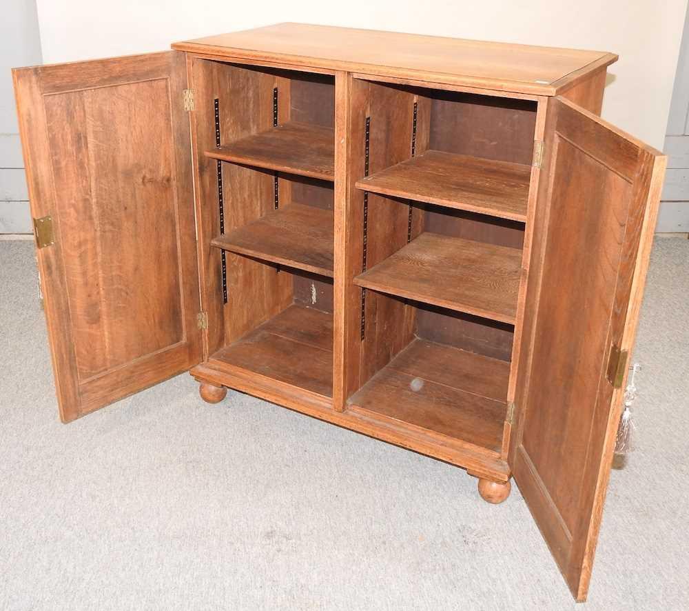 A 1920's light oak cabinet - Image 2 of 6