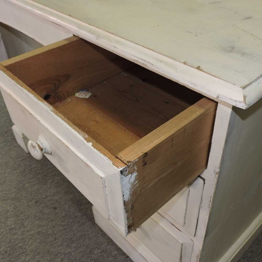 A white painted pine desk - Image 4 of 9