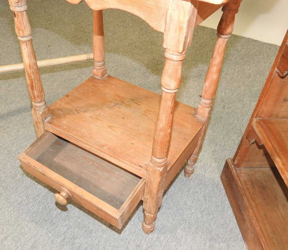 An antique wash stand - Image 5 of 11