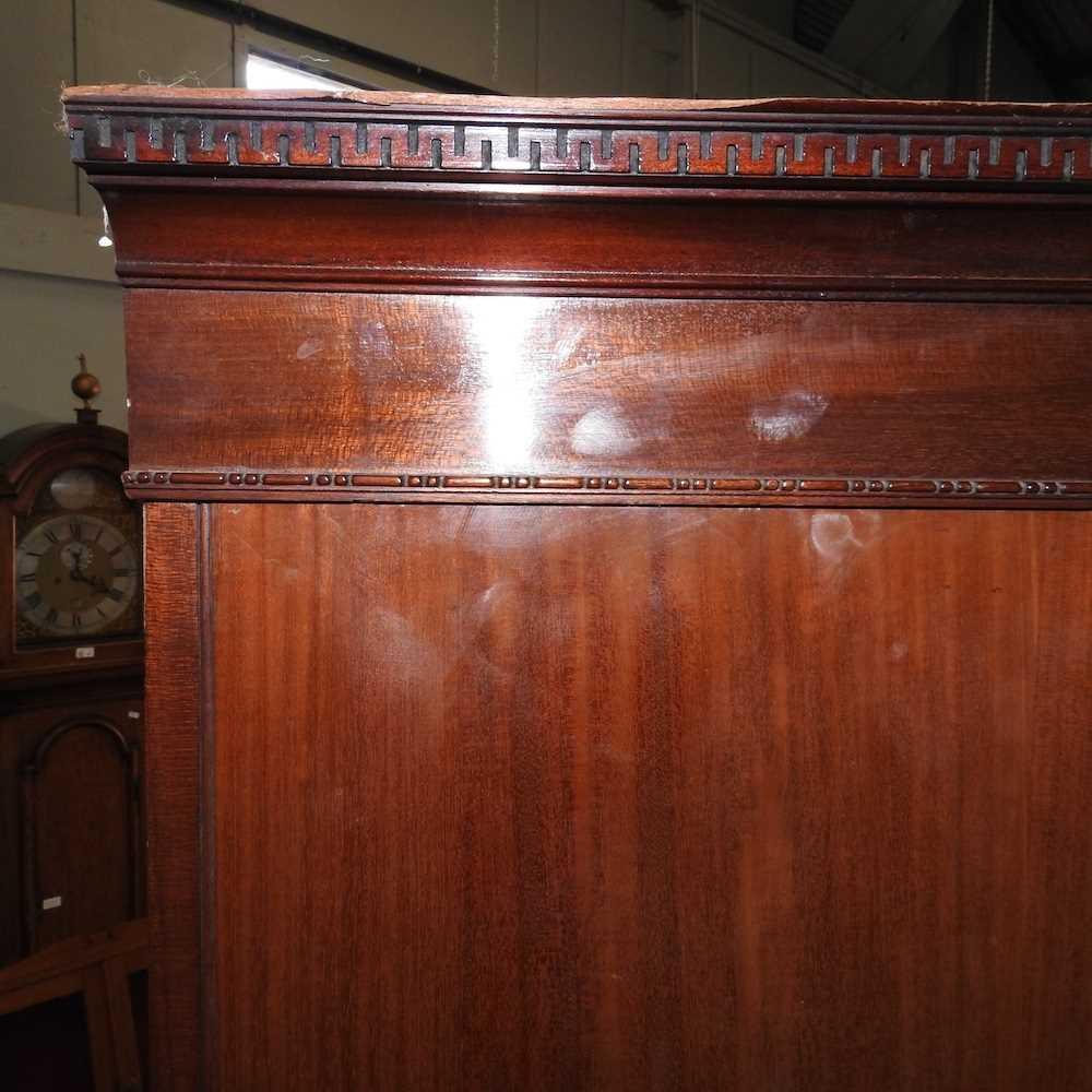 An Edwardian mahogany wardrobe - Image 5 of 9