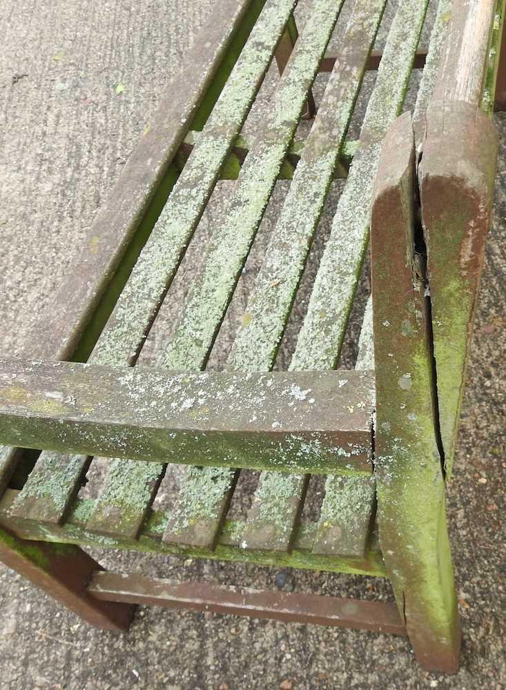 A teak slatted garden bench - Image 5 of 5