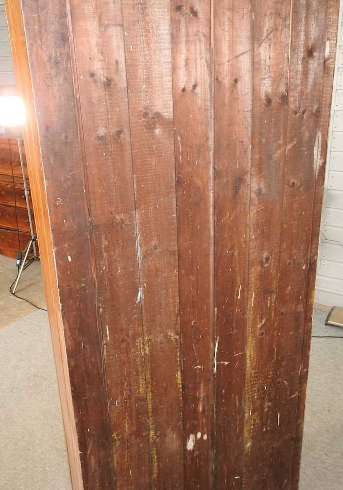 An early 20th century grained pine school cabinet - Image 7 of 7