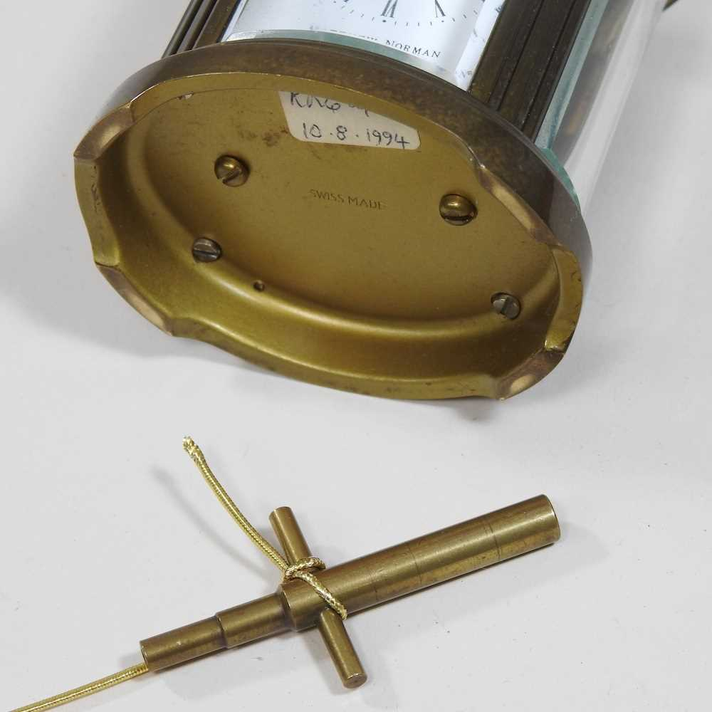 A small brass cased carriage clock - Image 2 of 8