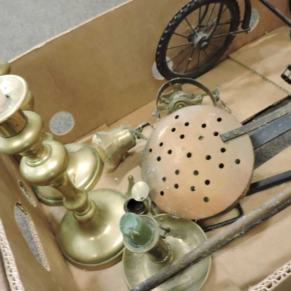 Two boxes of metal wares and other items - Image 5 of 6
