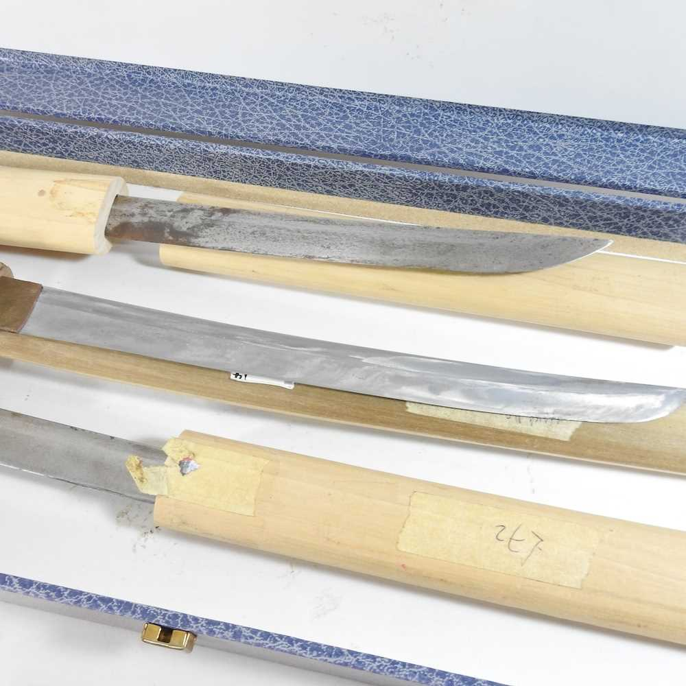 A mid 20th century Japanese short sword - Image 8 of 19