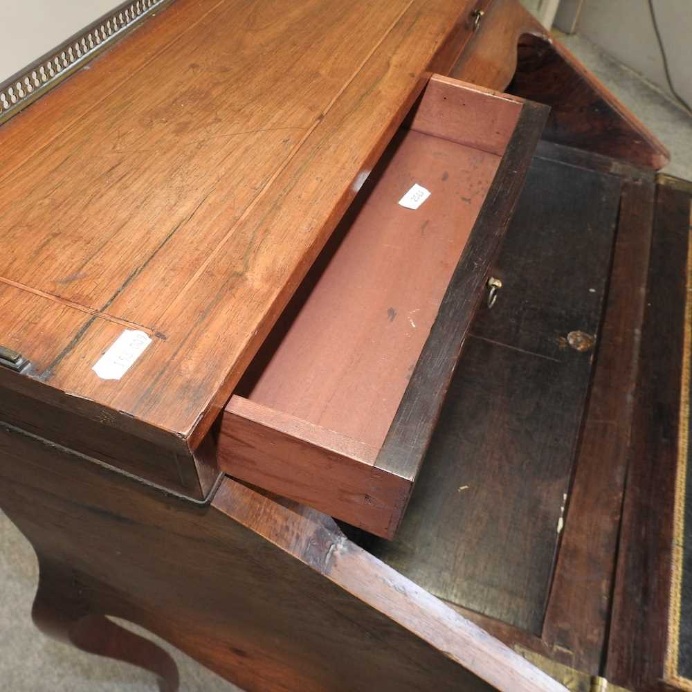 A late 19th century French style marquetry bureau de dame - Image 6 of 8