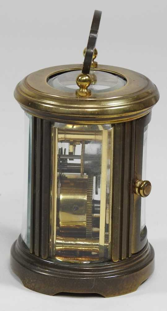 A small brass cased carriage clock - Image 3 of 8