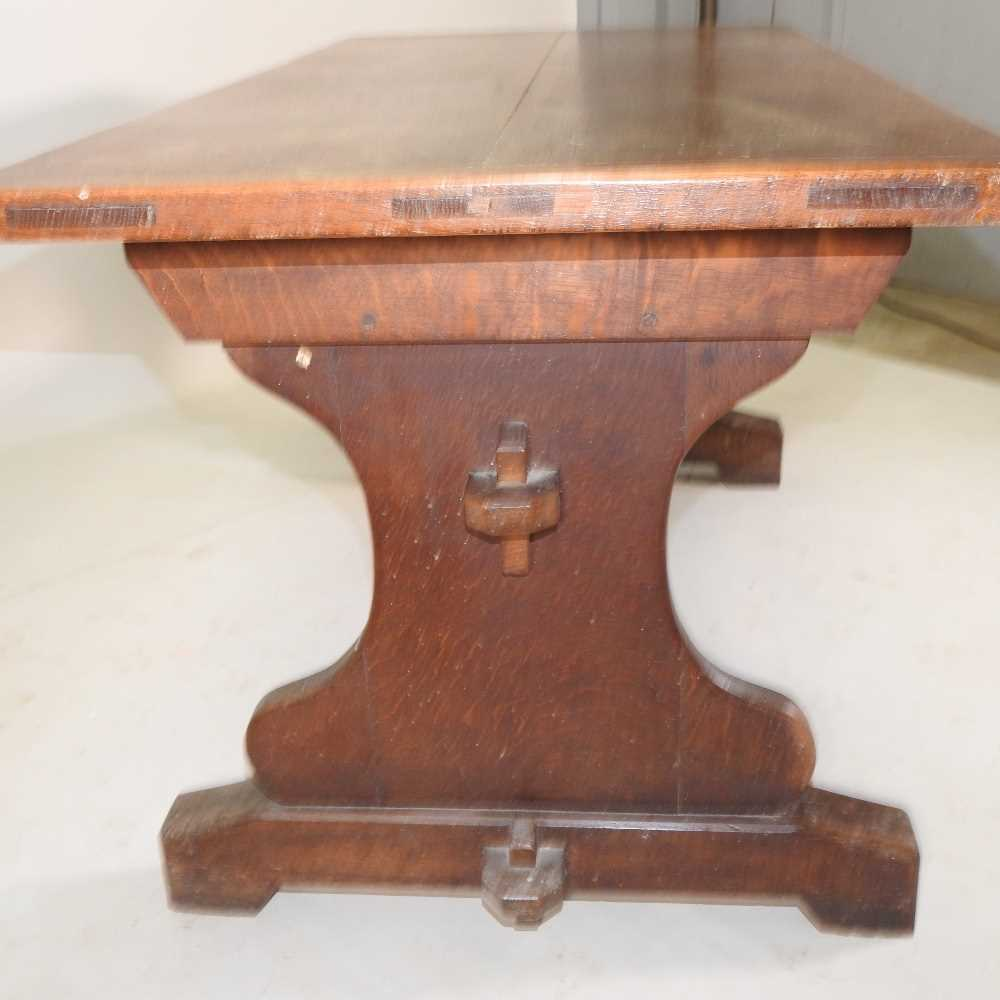 A late 19th century oak refectory table - Image 5 of 8