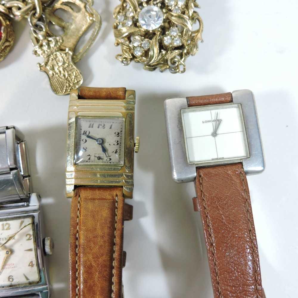 A Longines ladies wristwatch - Image 3 of 10