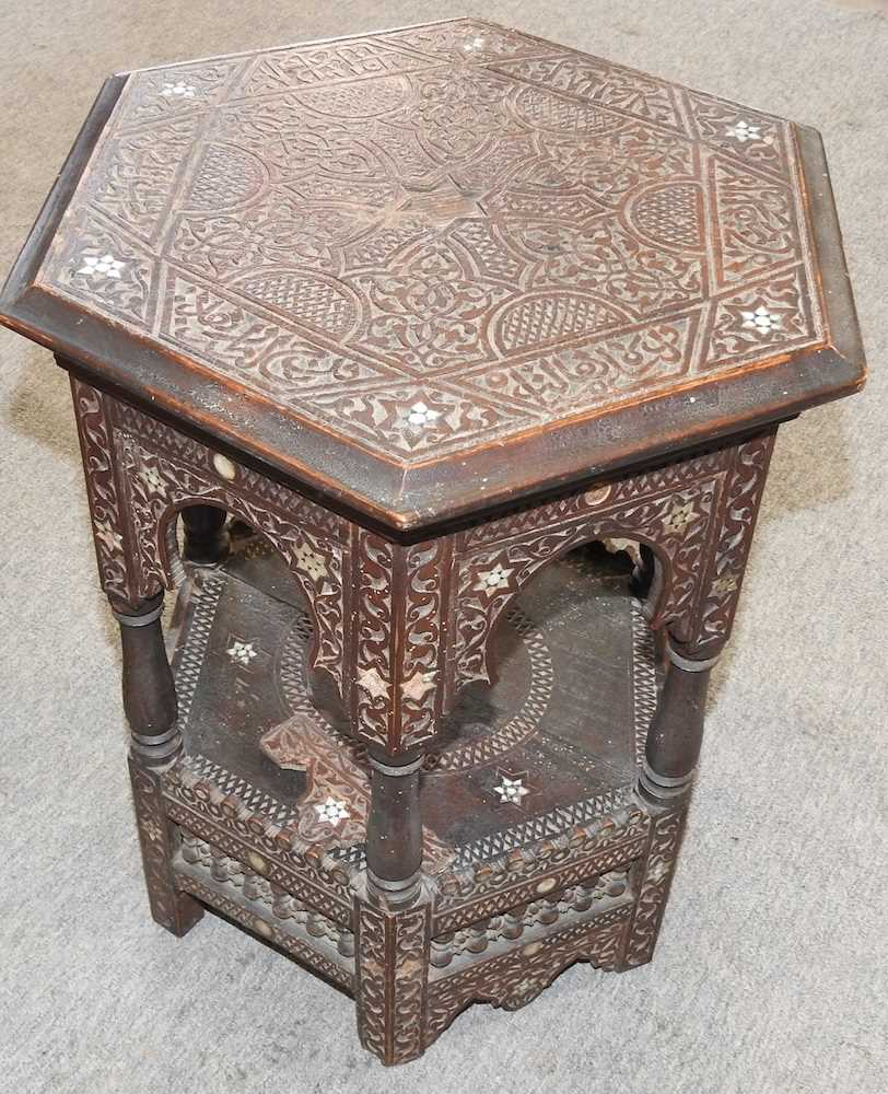 A modern Chinese hardwood cabinet - Image 10 of 10