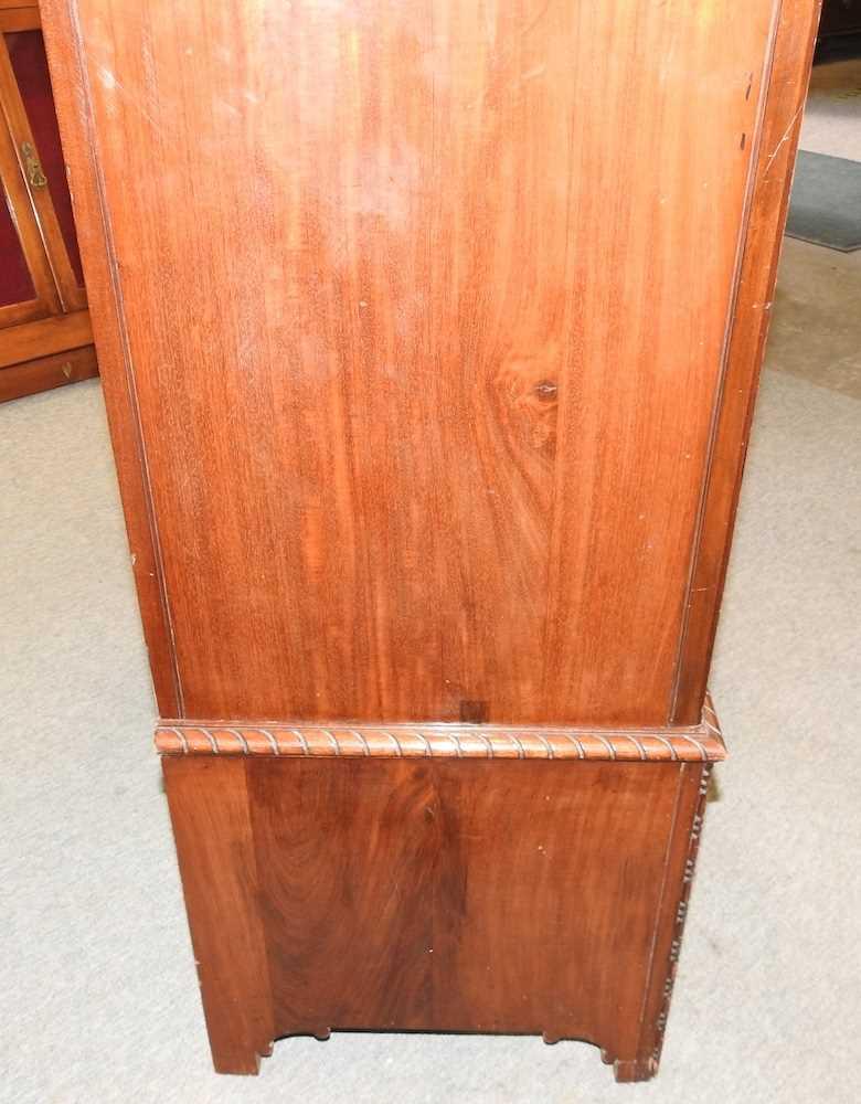 An Edwardian mahogany wardrobe - Image 3 of 9