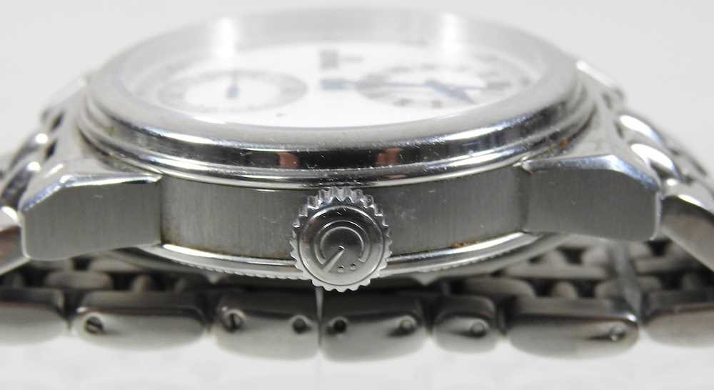 A modern Gevril steel cased chronograph wristwatch - Image 4 of 12