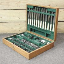An oak cased canteen of plated cutlery