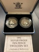 COINS : 1992 UK 10 Silver two coin proof set in display box