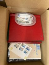STAMPS : BRITISH COMMONWEALTH & GB, a large box with an assortment in various stockbooks, albums,