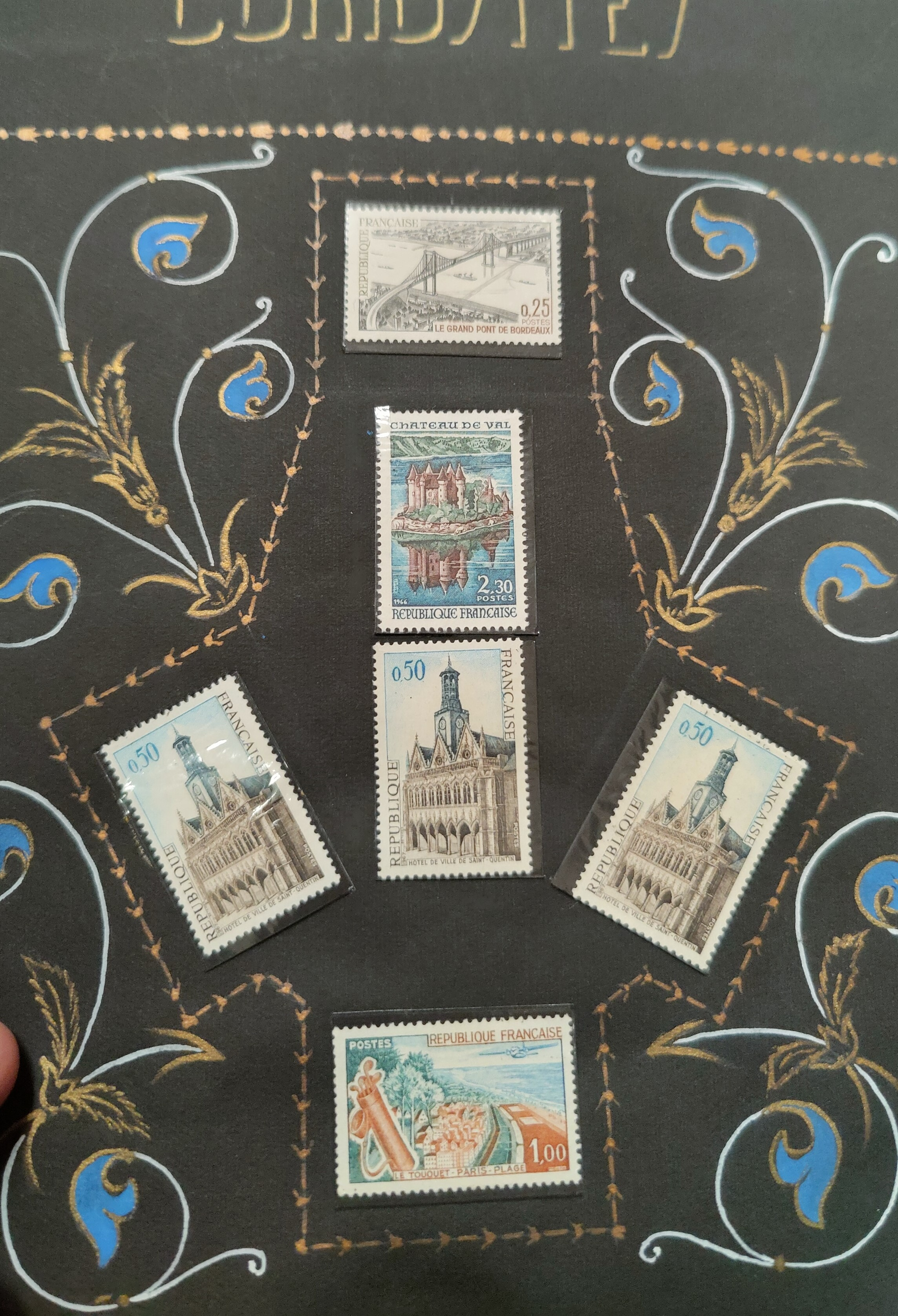 A decorated album with French issues, 3 other albums. - Image 5 of 7