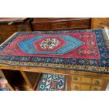 A modern Yahyali Anatolian hand knotted rug, 160 x 90 cm