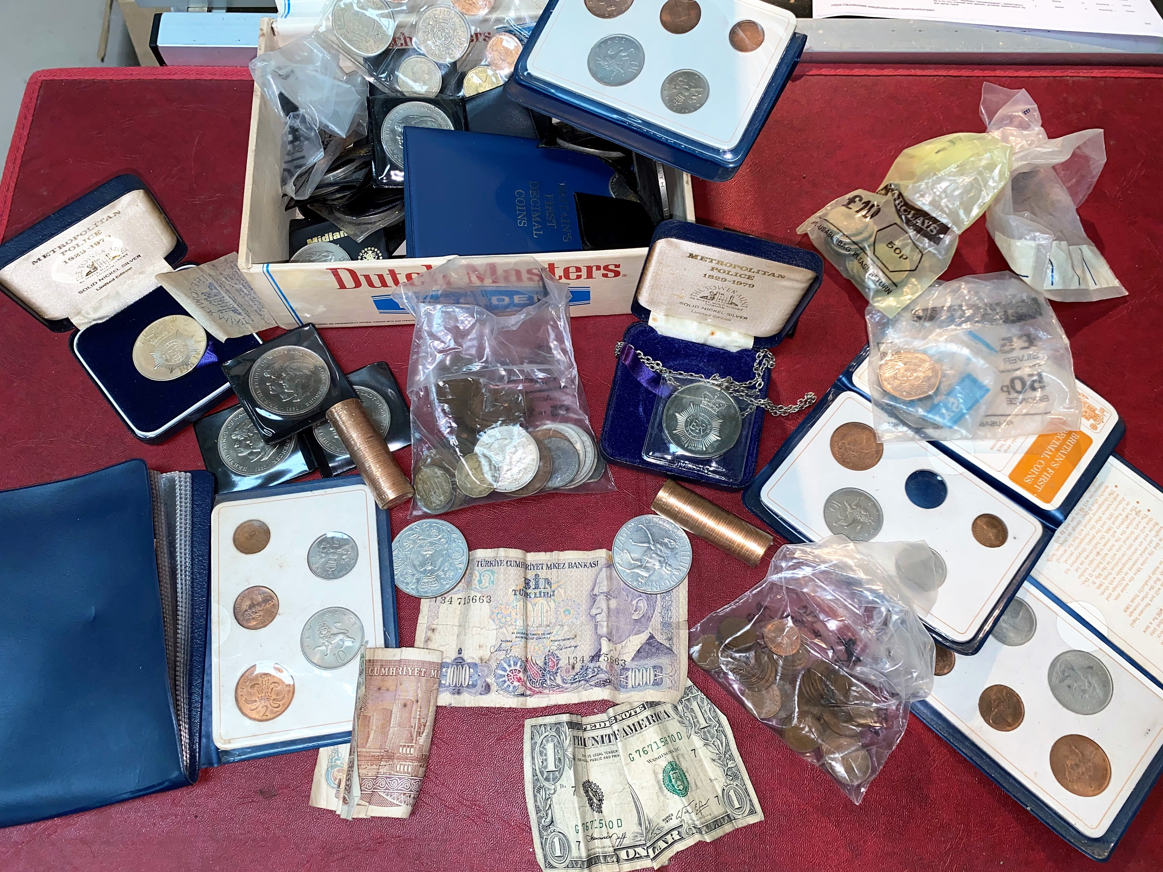 A selection of GB crowns, uncirculated 1/2p's, banknotes etc.