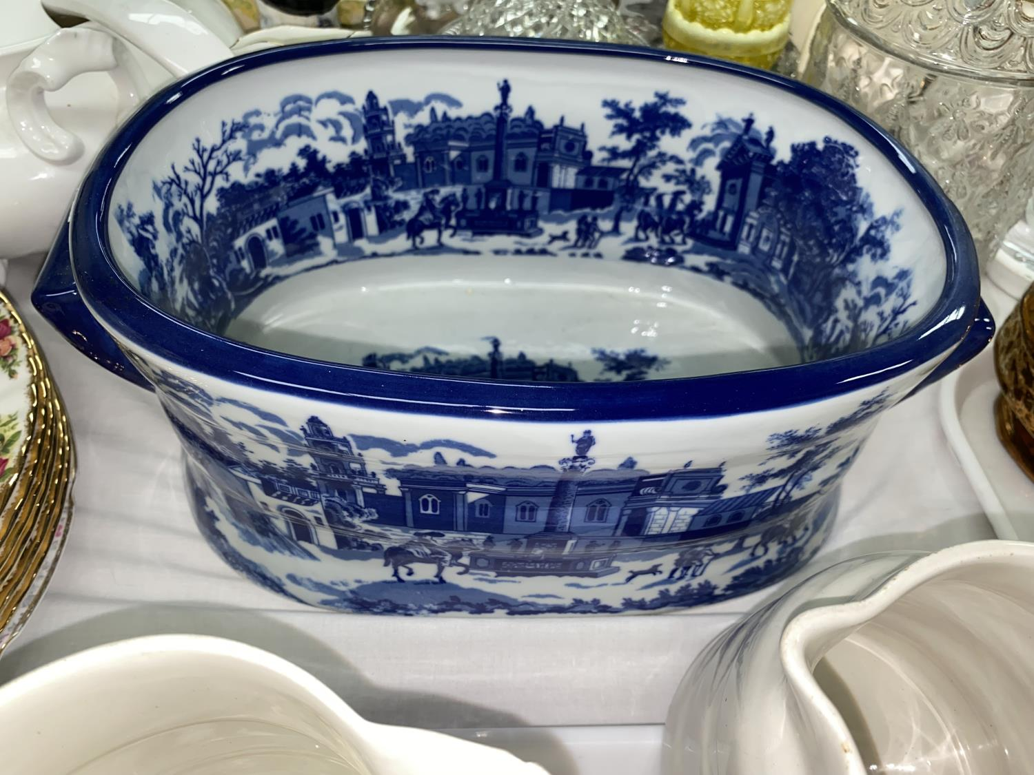 A collection of Victorian and later jugs; a modern blue & white footbath - Image 3 of 4