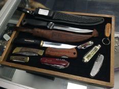 A TWO HUNTING KNIVES ALONG WITH POCKET AND OTHER KNIVES