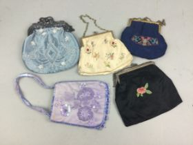 A LOT OF PURSES AND EVENING BAGS