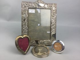 A LOT OF FOUR SILVER PHOTOGRAPH FRAMES