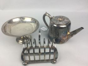 A COLLECTION OF SILVER PLATED TABLE WARE