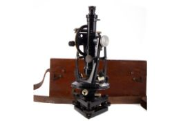 AN EARLY 20TH CENTURY THEODOLITE BY E.R WATTS & SON