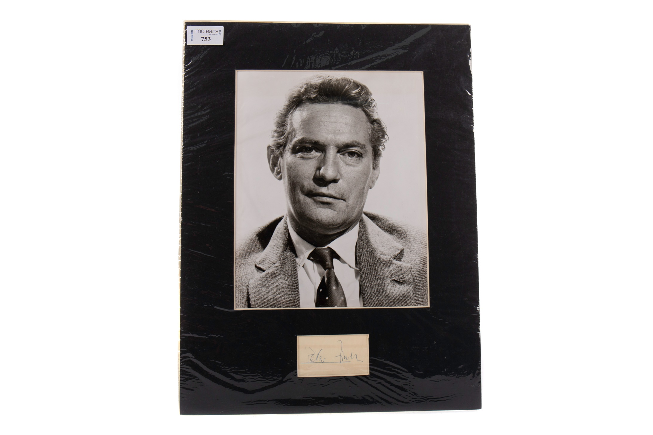 A PHOTOGRAPH OF PETER FINCH