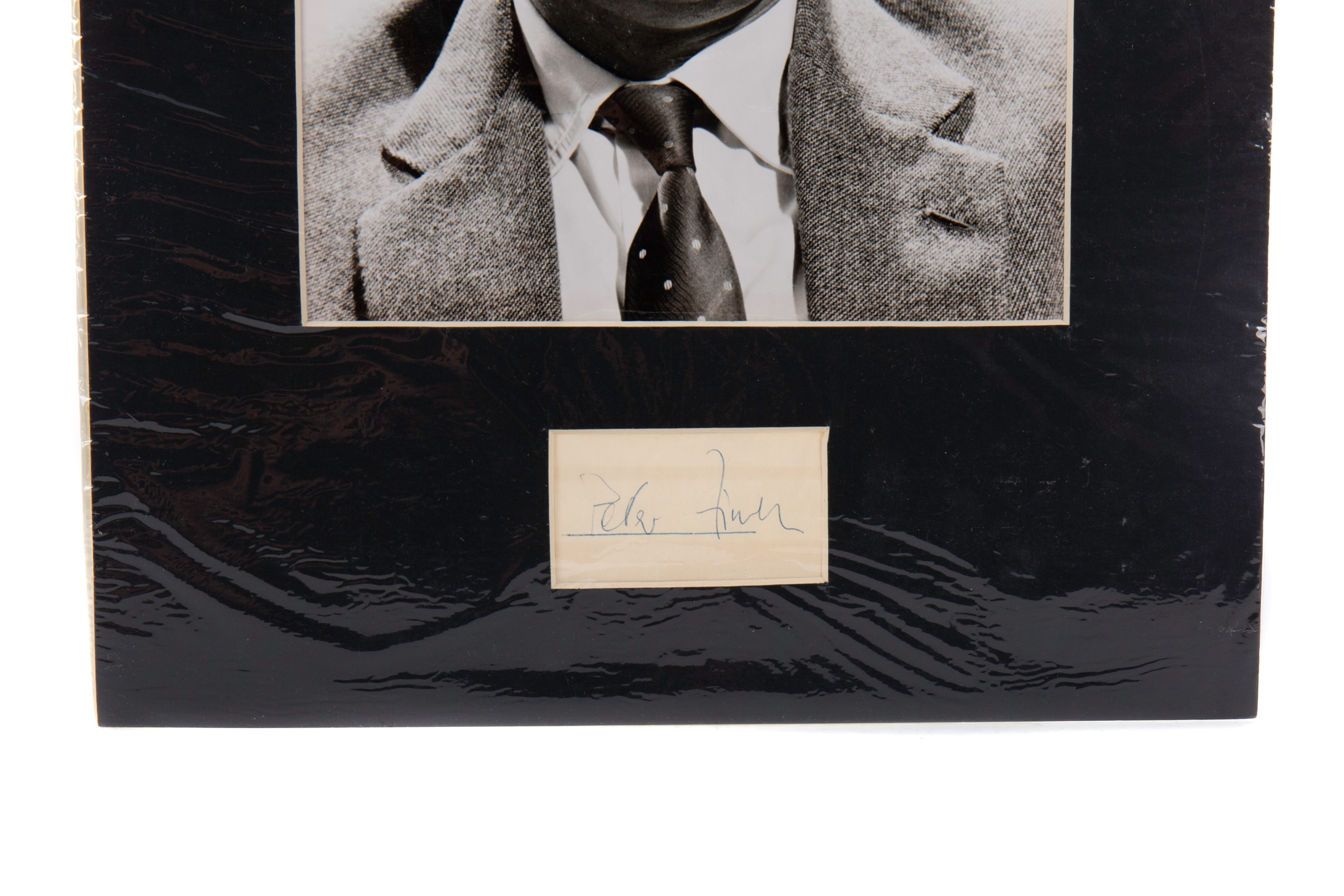 A PHOTOGRAPH OF PETER FINCH - Image 2 of 2
