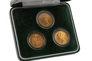 A VICTORIA GOLD THREE COIN SET