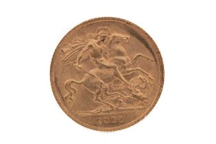 A GEORGE V GOLD HALF SOVEREIGN DATED 1911
