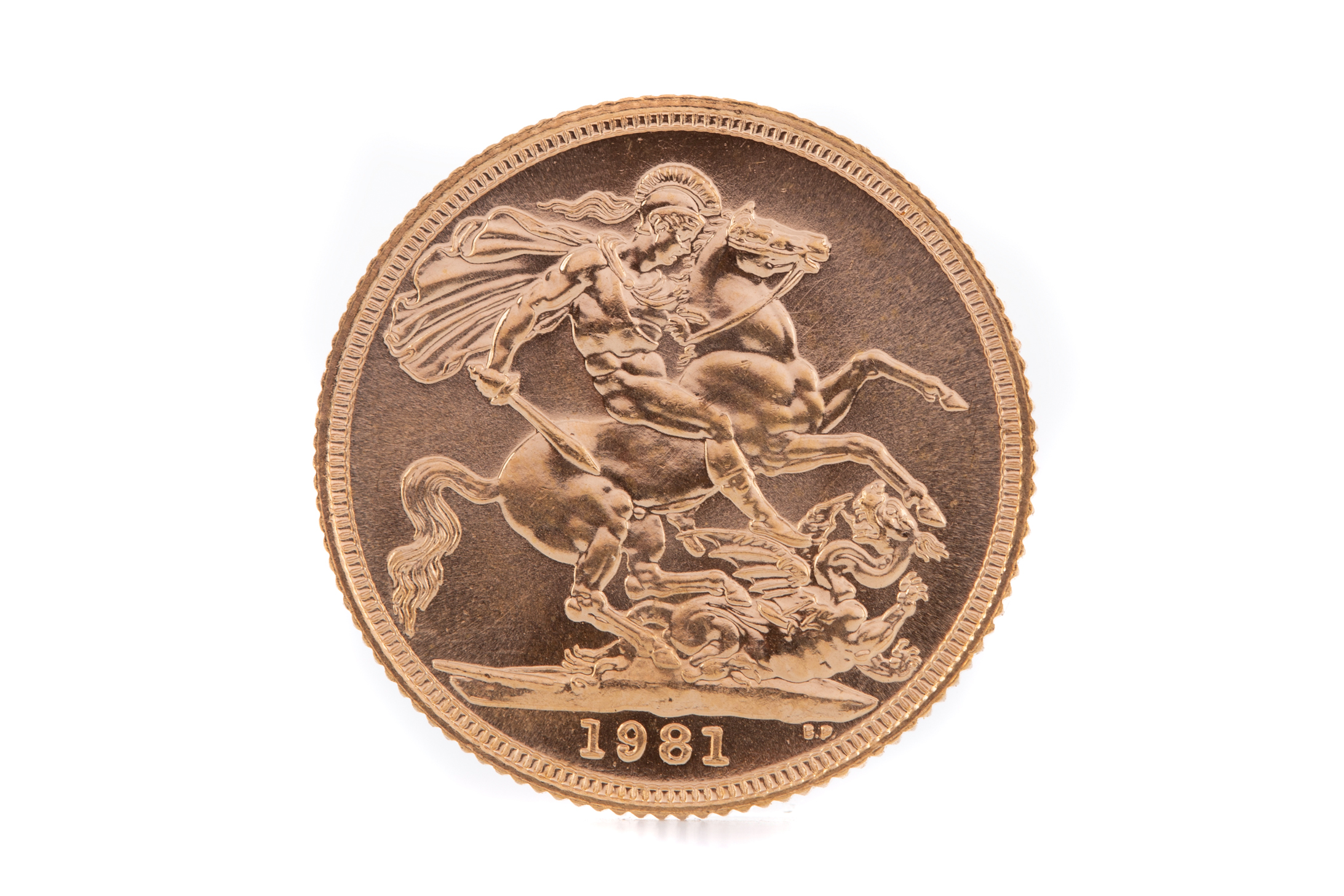 AN ELIZABETH II GOLD SOVEREIGN DATED 1981