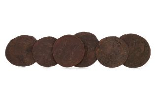 A COLLECTION OF ROMAN COINS