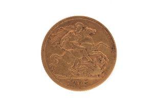 AN EDWARD VII GOLD HALF SOVEREIGN DATED 1905