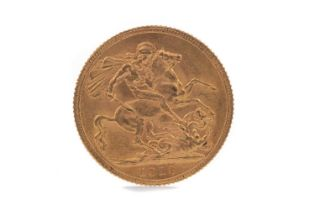 A GEORGE V GOLD SOVEREIGN DATED 1913