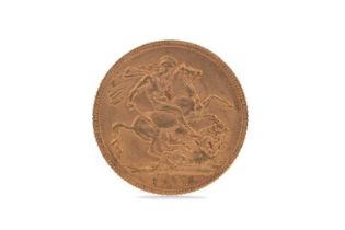 A GEORGE V GOLD SOVEREIGN DATED 1915