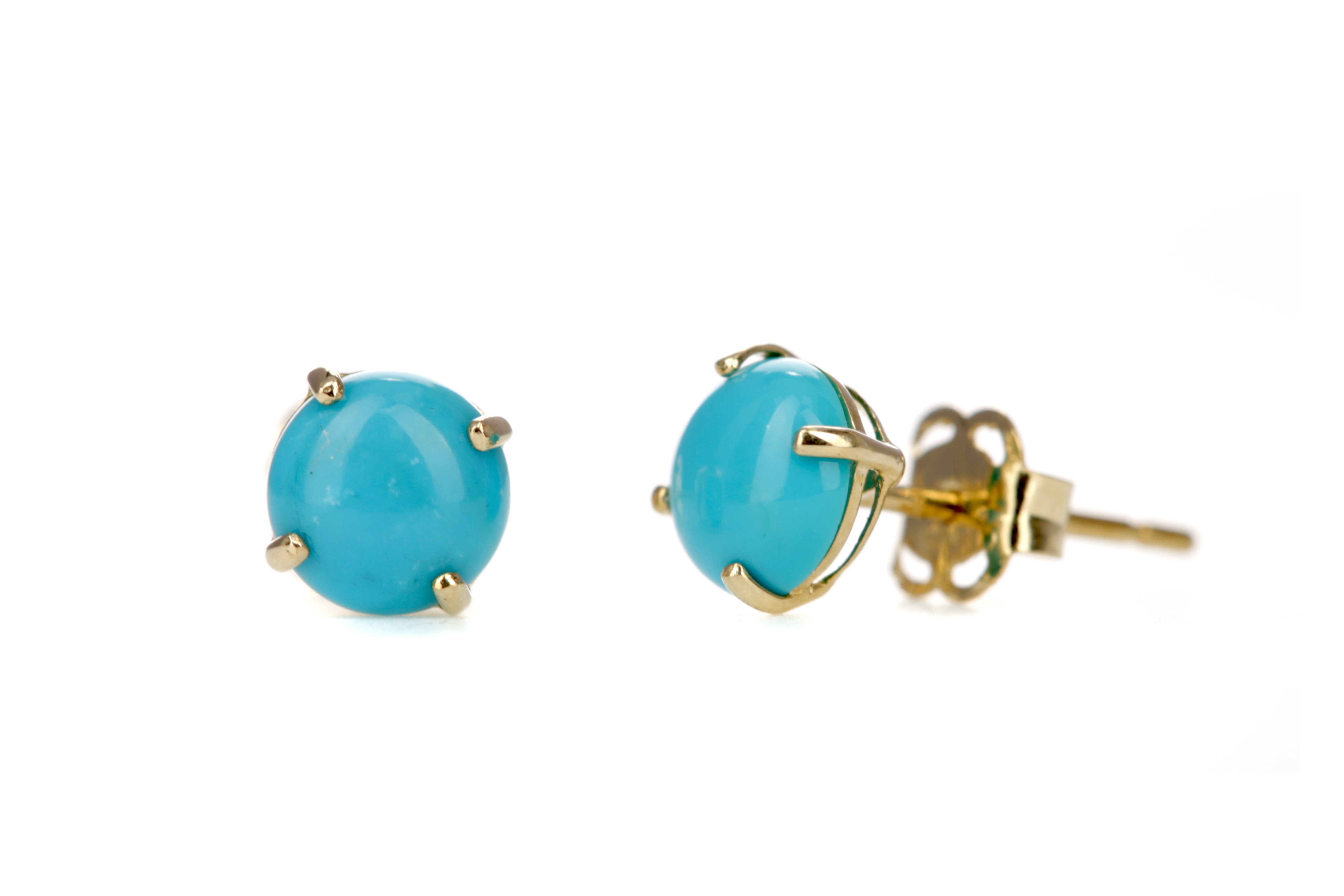 A PAIR OF TURQUOISE STUD EARRINGS