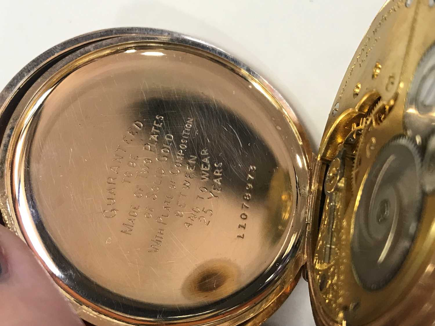 AN ELGIN FULL HUNTER GOLD PLATED POCKET WATCH - Image 2 of 3