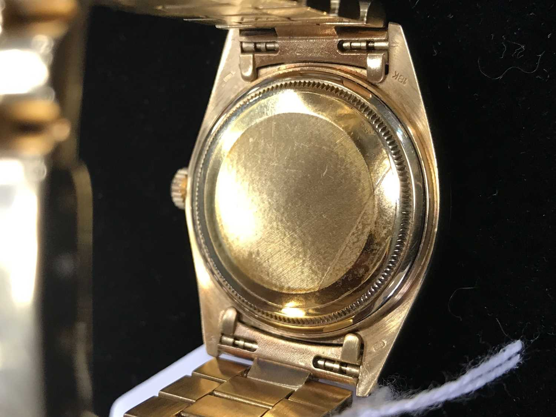 A GENTLEMAN'S ROLEX DAY DATE EIGHTEEN CARAT GOLD AUTOMATIC WRIST WATCH - Image 4 of 9
