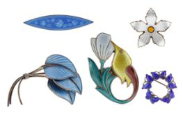 A GROUP OF ENAMELLED BROOCHES