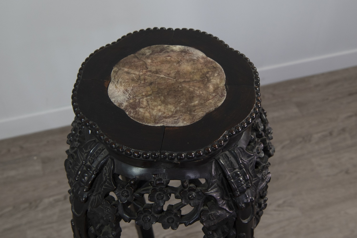 A 19TH CENTURY CHINESE PADOUKWOOD CIRCULAR SHAPED PLANT STAND - Image 2 of 2