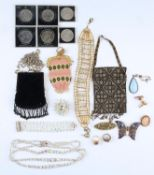 MISCELLANEOUS COSTUME JEWELLERY, COMPRISING THREE CRYSTAL ITEMS (NECKLACE, BROOCH AND BRACELET),