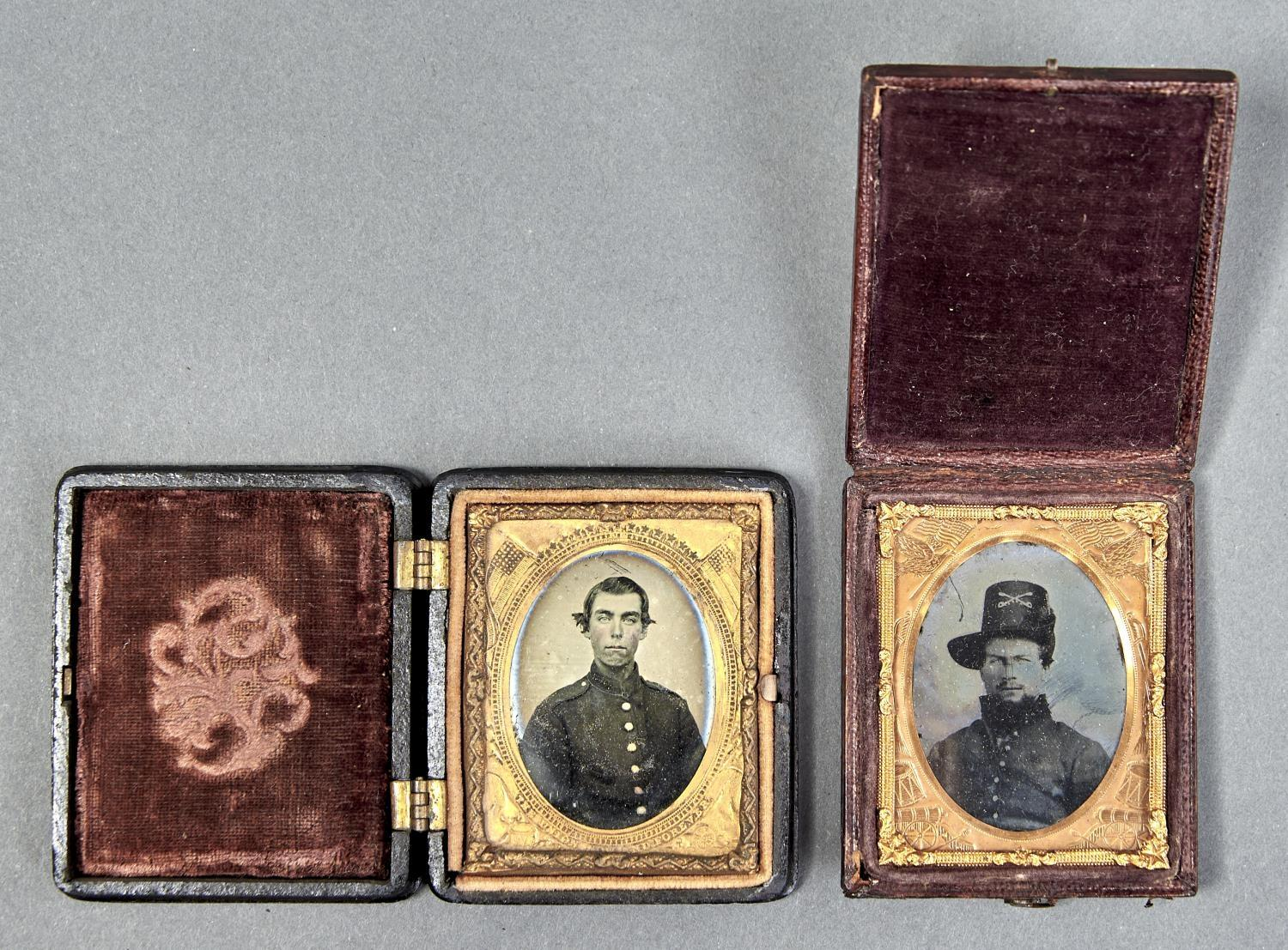 19TH C PHOTOGRAPHY. TWO AMERICAN NINTH PLATE AMBROTYPES, C1860 OF CIVIL WAR SOLDIERS, IN UNIFORM, IN