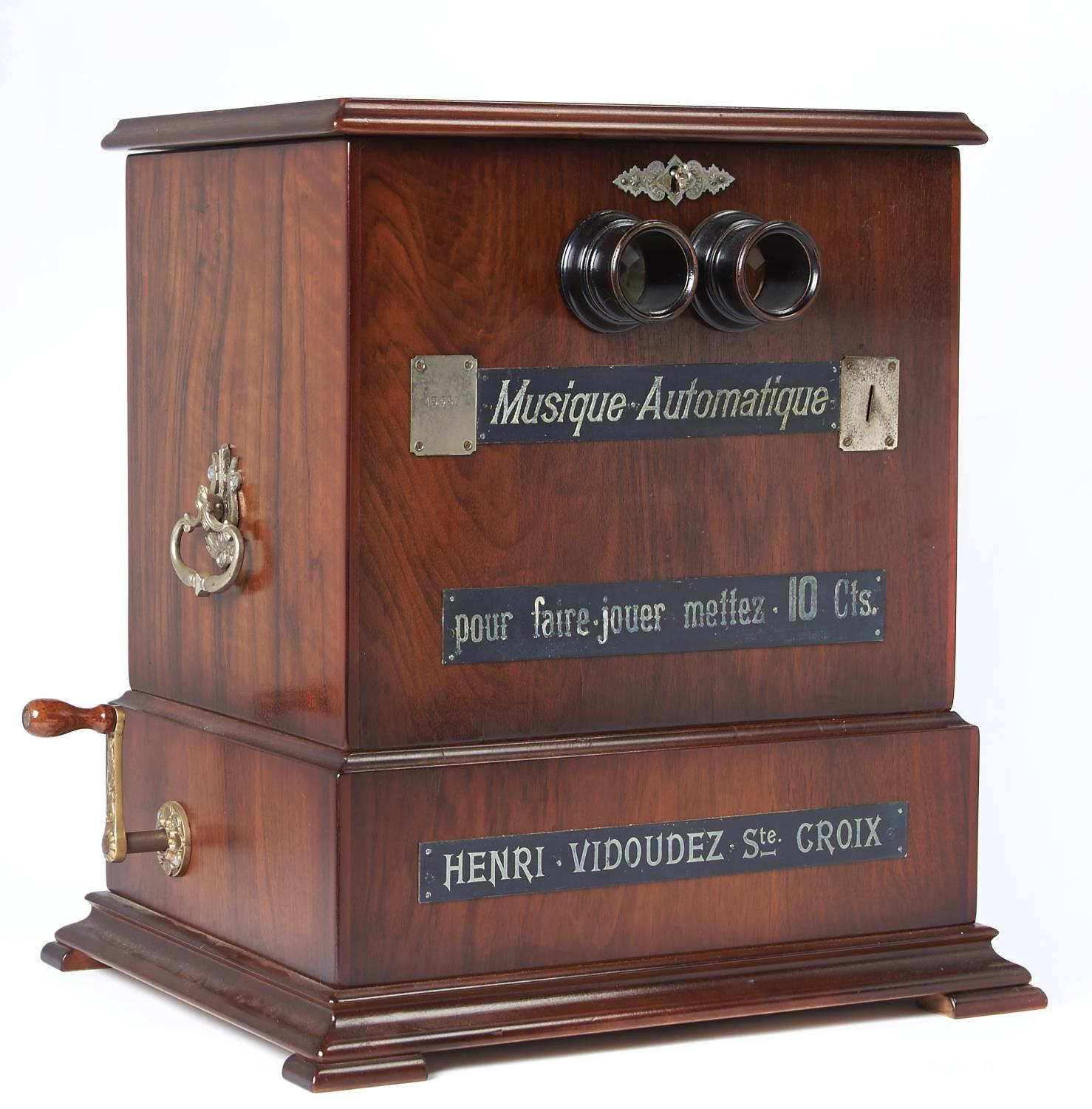 A FINE AND RARE SWISS COIN-IN-THE-SLOT MUSICAL STEREOSCOPE, HENRI VIDOUDEZ, C1885, THE MECHANISM