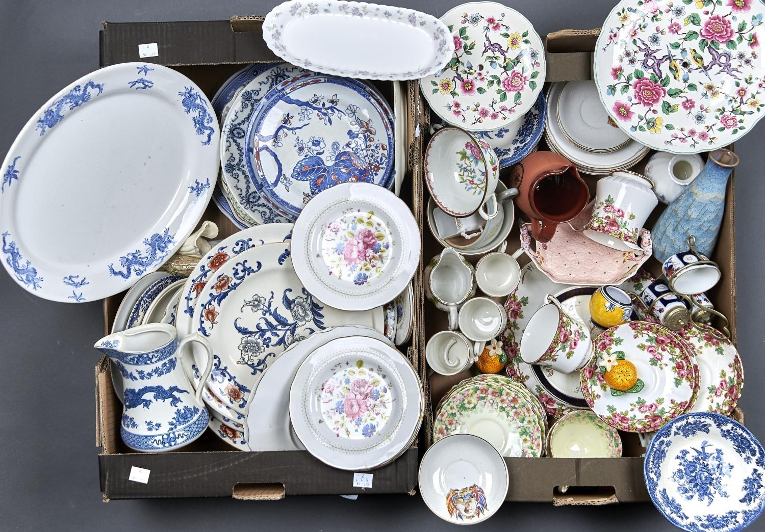 MISCELLANEOUS DECORATIVE CERAMICS, TO INCLUDE FOLEY, WEDGWOOD, ROYAL STAFFORD, COALPORT,