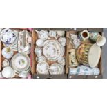 MISCELLANEOUS CERAMICS, TO INCLUDE COLCLOUGH TEA WARE, CHURCHILL CHARTWELL COLLECTION BREAKFAST