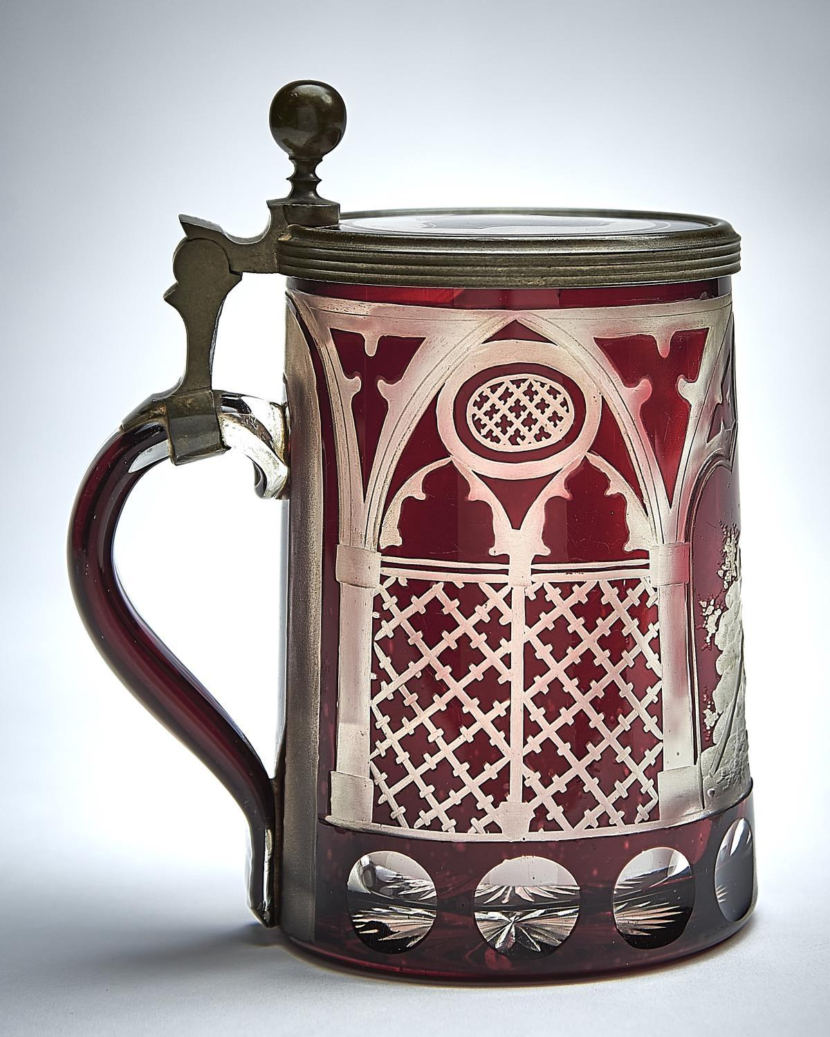 A BOHEMIAN PEWTER MOUNTED AND ENGRAVED RUBY CASED GLASS TANKARD, ATTRIBUTED TO FRANZ PAUL ZACH, - Image 2 of 2