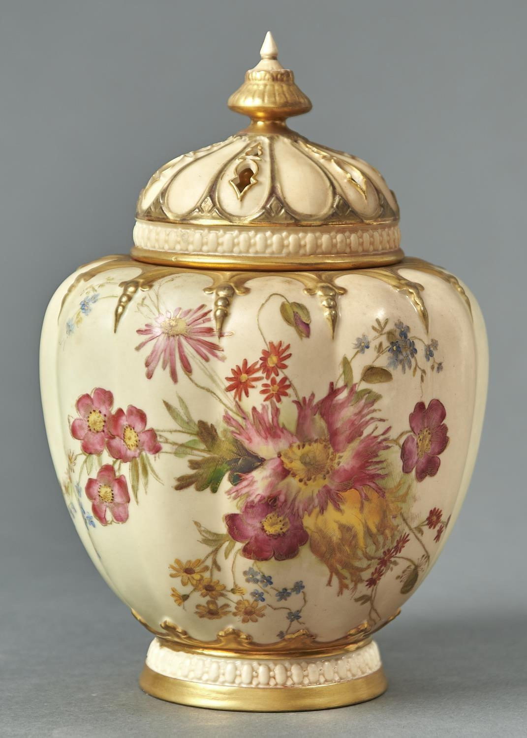 A ROYAL WORCESTER STUART ROSE JAR, COVER AND INNER COVER, 1903,  PRINTED AND PAINTED WITH